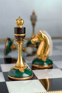 Best 25+ Chess pieces ideas on Pinterest Chess, Wooden