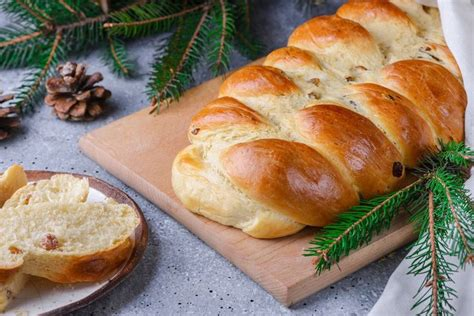 Your ultimate christmas recipe guide. Polish Chalka Is the Holiday Bread Every Celebration Needs | Recipe in 2020 | Recipes, Holiday ...