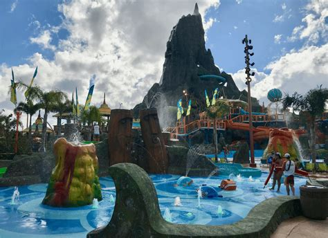 tips   perfect day  universals volcano bay kids