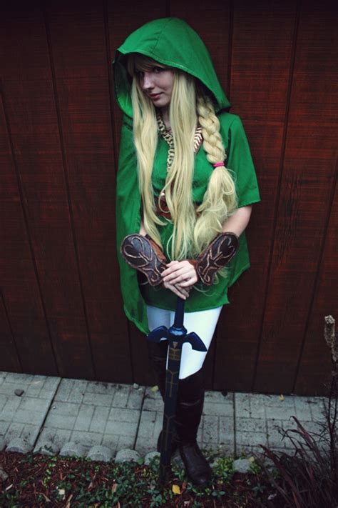 female link cosplay
