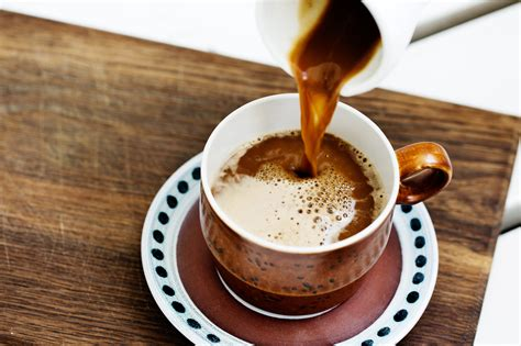 2000 calories a day is used for general nutrition advice. Does black coffee have calories.