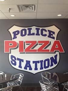 Cop Berechnen : police station pizza 10 fotos 17 beitr ge pizza ~ Themetempest.com Abrechnung