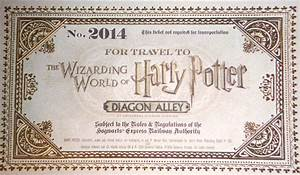 Diagon Alley Invite Unboxing for Wizarding World of Harry Potter Preview at Universal Orlando Resort