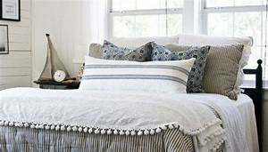chic coastal living this is similar to the bedding we With bedding similar to pottery barn