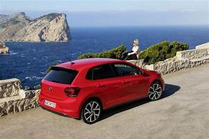 Polo 2018 Gti : 2018 volkswagen polo gti sporty looks in new photo gallery autoevolution ~ Medecine-chirurgie-esthetiques.com Avis de Voitures