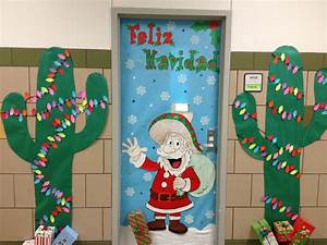Images About Christmas Door Decoration On Pinterest