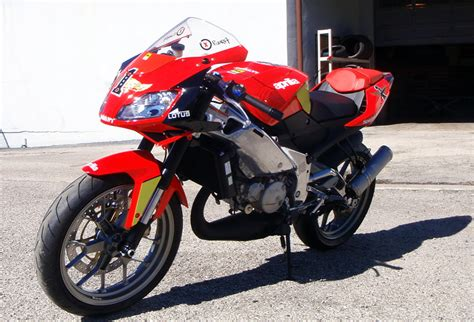 aprilia rs 125 tuning tuning the 09 spec rs125 to the hilt or track