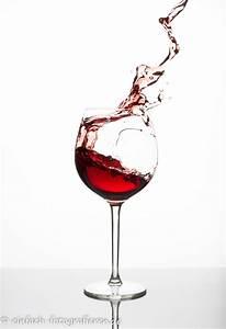 Riesen Glas Wein : tabletop wein spritzt aus glas ~ A.2002-acura-tl-radio.info Haus und Dekorationen