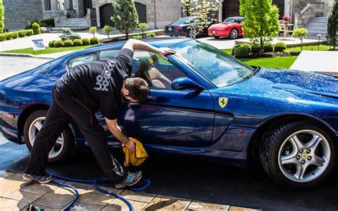 comment bien laver sa voiture guide auto
