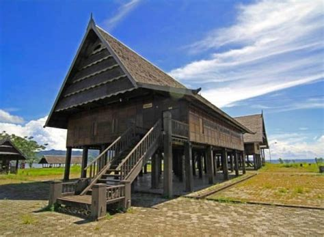 sketsa gambar rumah adat di indonesia