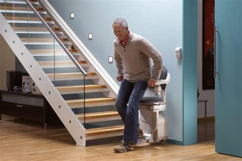 siege pour escalier securité monte escalier ooreka