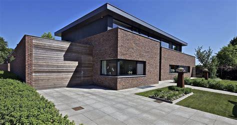 Moderne Einfamilienhäuser Bauhausstil by Bauhausstil Mit Klinker Architektur Klinkerhaus