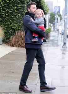 Ben Affleck and baby Samuel get stuck in Los Angeles' wet ...