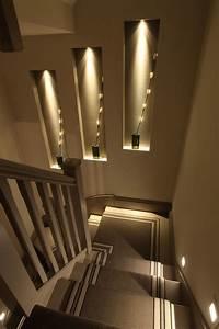 Treppenbeleuchtung Led Innen : die besten 25 treppenbeleuchtung ideen auf pinterest led leiste modernes treppe design und ~ Sanjose-hotels-ca.com Haus und Dekorationen