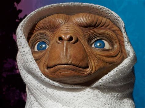 E T The Extra Terrestrial Adventure Family Science Sci-fi