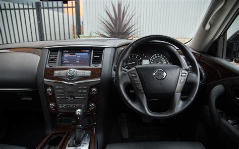 comparison lexus gx  luxury   nissan patrol