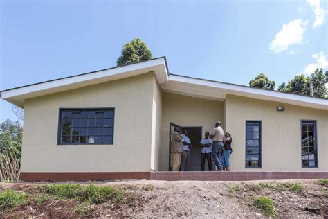 Compact House Made From Affordable Materials by Kenya S Building Cool Houses From Polystyrene