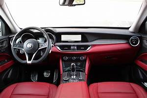 Casquette Alfa Romeo : essai vid o alfa romeo stelvio veni vidi vici ~ Nature-et-papiers.com Idées de Décoration