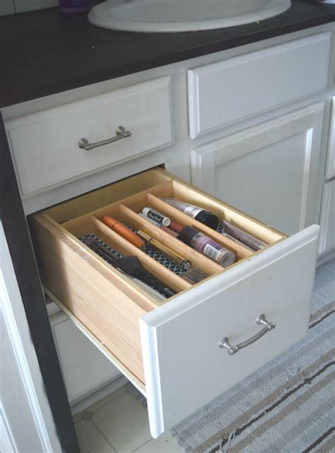 simple ways  organize bathroom drawers  house