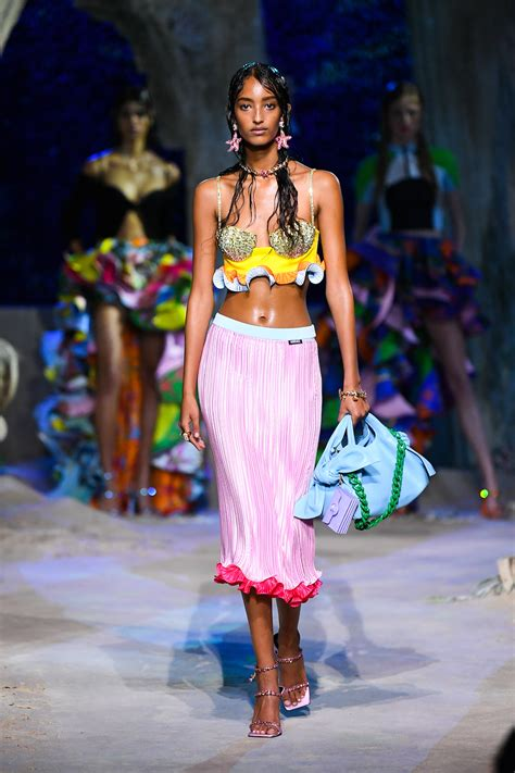 Versace Reveals Spring/Summer '21 Collection At Milan ...