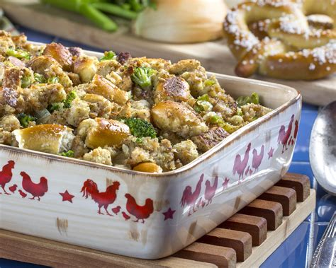 Bavarian Pretzel Stuffing - Easy Home Meals