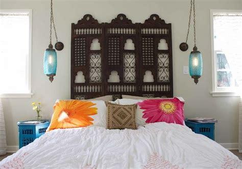 chambre marocaine lanterne marocaine dans chambre deco maison moderne