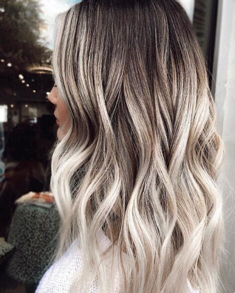 30+ Cool Medium Length Hairstyles You Should See 2020