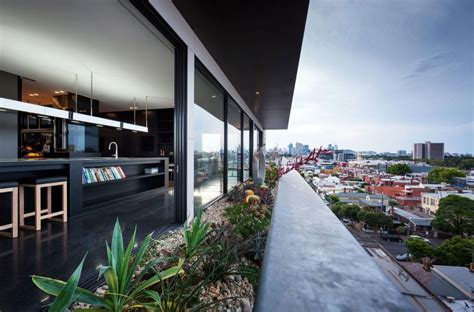 Lavish Penthouse Designs in Very Lavish Style : HouseBeauty