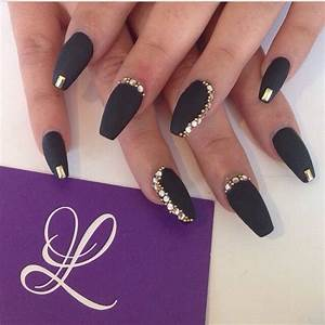 Black matte nails | Nails, nails, nails | Pinterest ...