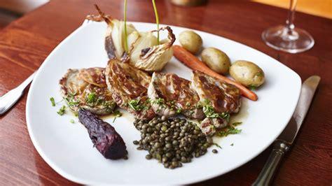 cuisine nepalaise orphyse chaussette restaurant food bruxelles