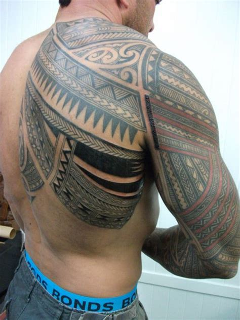 maori tribal tattoo    shoulder