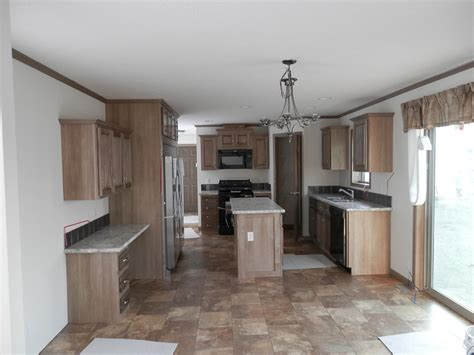 which color is for kitchen elkhart 28 x 76 2036 sqft mobile home factory expo home 2036