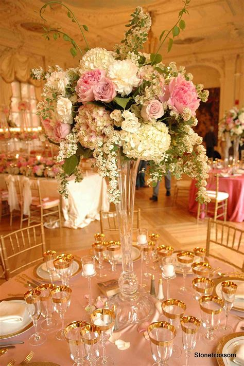 flowers   classy table  wedding