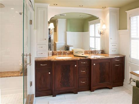 Bathroom Cabinets Ideas Designs by White Bath Cabinet Small Master Bathroom Remodeling Ideas