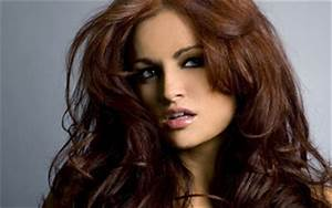 Hair Highlight Trends: Maria Kanellis Hairstyles
