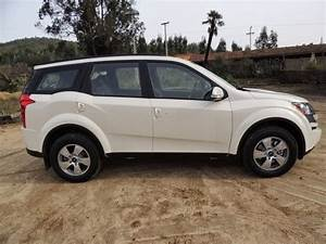 2014 Mahindra XUV 500 Pictures For India - Prices4U