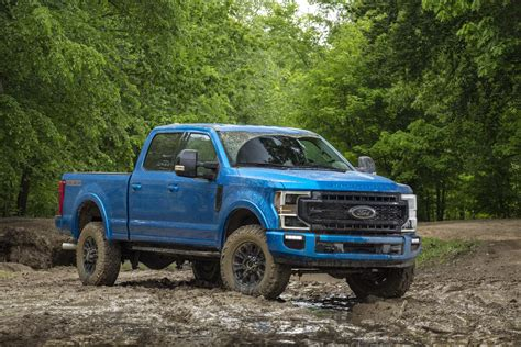 ford super duty  tremor  road package