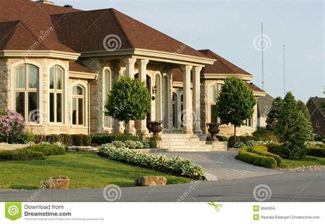 maison de luxe images stock image 9990304