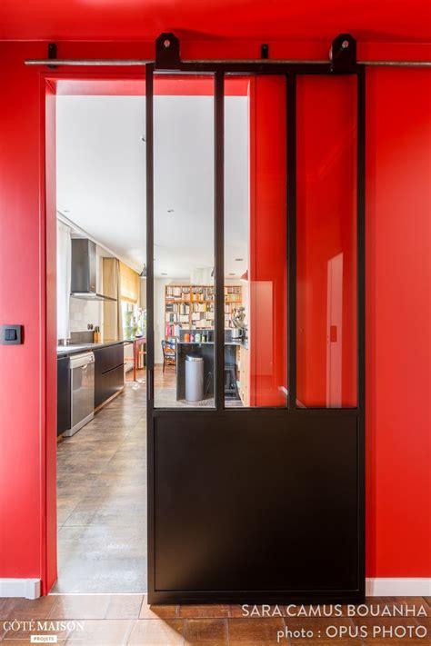 comment cr馥r une chambre dans un salon comment separer une chambre en deux maison design bahbe com