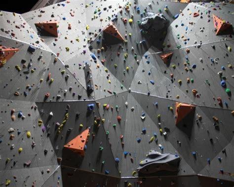 technique d escalade en salle l escalade en salle est un sport extr 234 me mais abordable