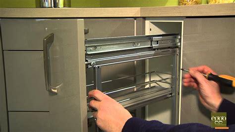 reglage porte cuisine ikea eggo régler la profondeur de la porte de meuble à