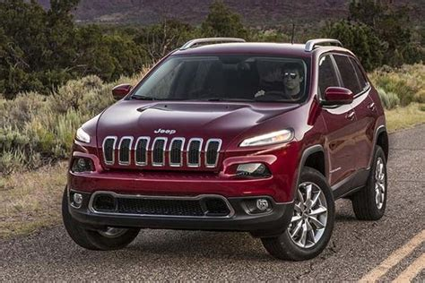 Top Used Suv 10000 by 8 Best Used Jeeps 10 000 For 2019 Autotrader