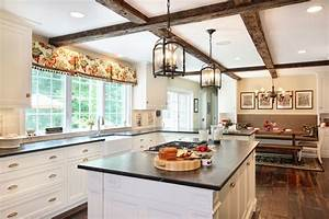lantern-pendant-light-Kitchen-Traditional-with-beams-bench