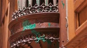 Chapels at Washington National Cathedral Vandalized ...