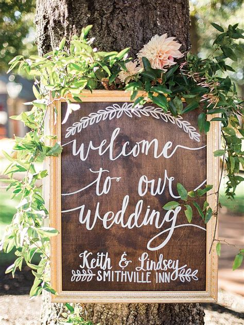 Wedding Signs by 25 Rustic And Wood Wedding Signs For A Rustic Wedding