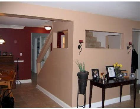 benjamin classic burgundy dining room accent wall