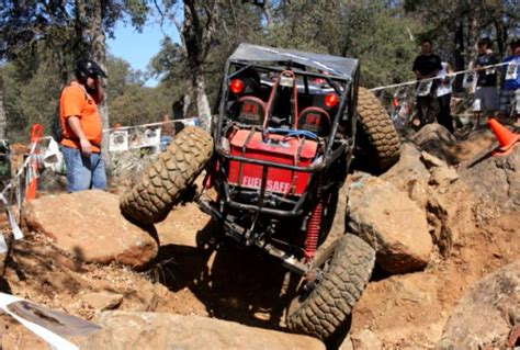 Calrocs Announces 2010 4×4 Rock Crawling Competition