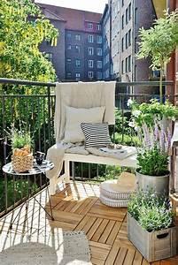 Loungemöbel Für Kleinen Balkon : 77 coole ideen f r platzsparende m bel womit sie kokett den kleinen balkon gestalten ~ Sanjose-hotels-ca.com Haus und Dekorationen