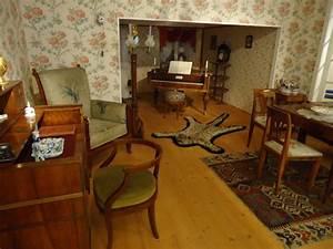 Bilder Zu Wohnzimmer : bild altes wohnzimmer zu hofmobiliendepot in wien ~ Sanjose-hotels-ca.com Haus und Dekorationen