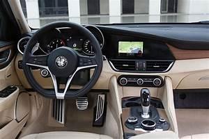 Alpha Romeo Break : test test alfa romeo giulia 2 2 jtdm diesel 180 pk autowereld ~ Medecine-chirurgie-esthetiques.com Avis de Voitures